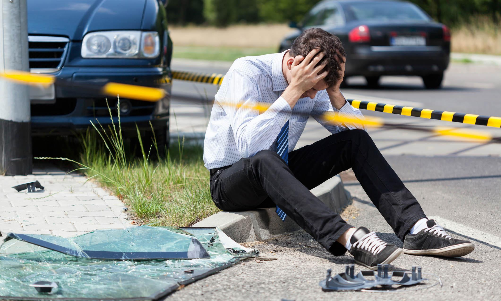 Auto Accident Attorneys - Lee, Gurney & Hess